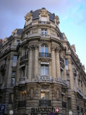 komentārs: Parīzes ielas avots: www.travelnews.lv 14183