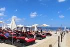 Jūrmala piedāvā karstu pludmali un dzestru peldi 12