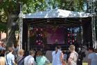 Ar skanīgiem koncertiem un košiem pasākumiem, kas apvieno visas pilsētas iedzīvotāju un ciemiņu paaudzes, Daugavpils pilsēta svin 744. Dzimšanas dienu 16