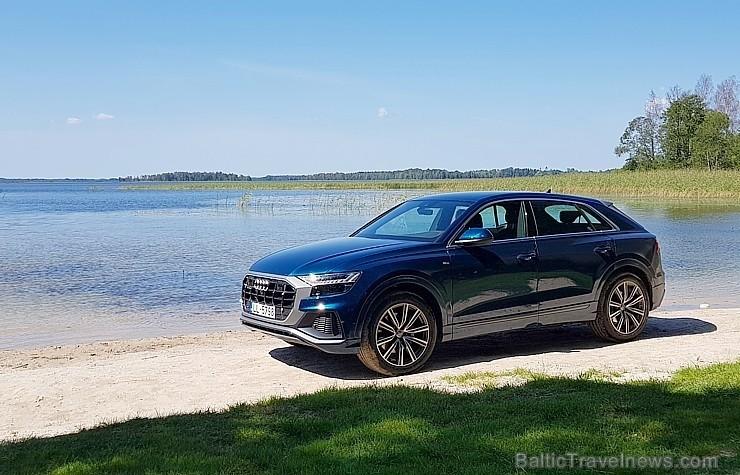 60 bildes - «Audi Q8 50 TDI» (2018)