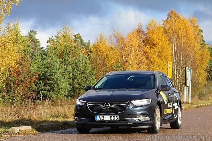 55 bildes - «Opel Insignia Sport Tourer»
