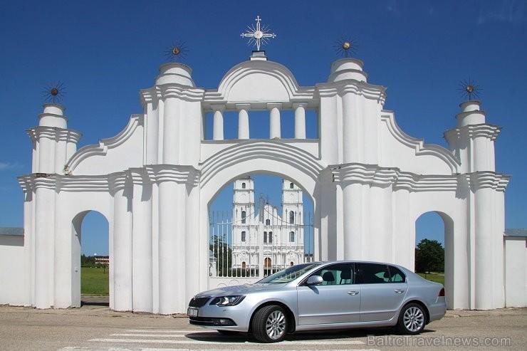 40 bildes - «Škoda Superb»