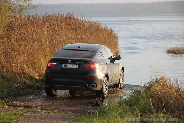 32 bildes - «BMW X6 M50d»