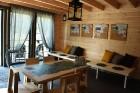Ar krāšņu svētku atklāšanas programmu Alūksnes  pusē atklātas Veclaicenes aizsargājamo ainavu apvidū izveidotās Dabas mājas un pašapkalpošanās tūrisma 21