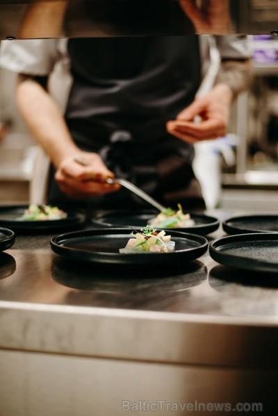Bārā - Restorānā STAGE 22 atklāj jaunu vasaras sezonas ēdienkarti un maina darba laiku
