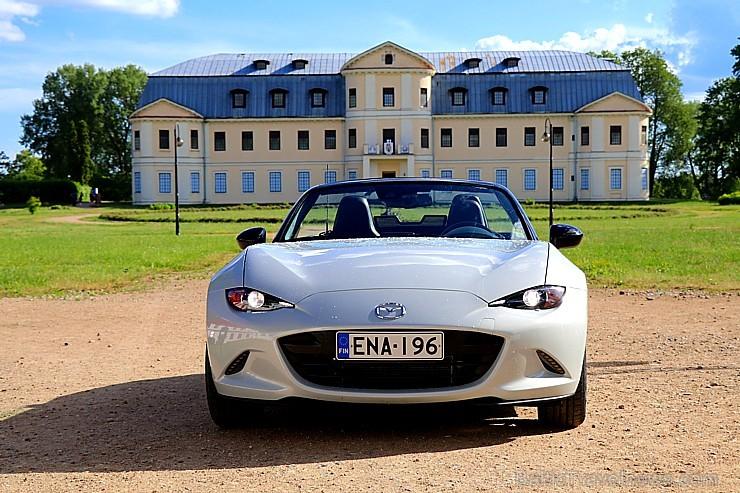 Travelnews.lv apceļo Latgali un Sēliju ar jauno rodsteru «Mazda MX-5»