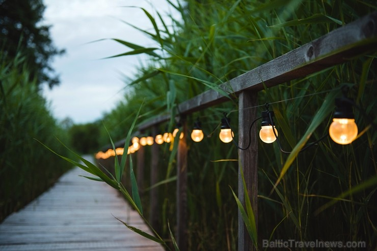 Zaltes ir atpūtas vieta Aģes ezera krastā, kas piemērota ģimenes brīvdienām, vai nelielu svinību, semināru, korporatīvo pasākumu rīkošana