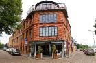 Travelnews.lv izbauda Pārdaugavas restorānu «Hercogs Fabrika» piedāvājumu uz plosta 1