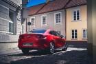 Vienam no kompaktās klases hečbekiem Mazda3 ir dvīņubrālis, kuru droši var saukt par vienu no skaistākajiem kompaktās klases sedaniem 5
