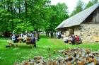Jau 10. gadu ar pārgājieniem Dundagas novada dabā un unikālajā kultūrvidē vasaras sākumā rīkoja Slīteres Ceļotāju dienas, savukārt Mājas kafejnīcu die 3