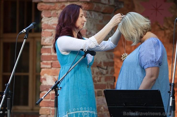 Ar krāšņiem koncertiem, tirdziņiem, pasākumiem un aktivitātēm Lielvārdē svin novada svētkus 260352