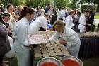 Ar dažādām aktivitātēm, krāšņām koncertprogrammām un gājienu Rēzeknē svinēja pilsētas svētkus 11