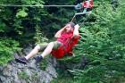 Travelnews.lv Gruzijas kūrortā Sairme izbauda 500 metru braucienu ar zipline 1