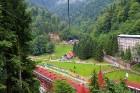 Travelnews.lv Gruzijas kūrortā Sairme izbauda 500 metru braucienu ar zipline 18