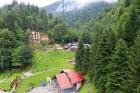 Travelnews.lv Gruzijas kūrortā Sairme izbauda 500 metru braucienu ar zipline 24