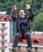Travelnews.lv Gruzijas kūrortā Sairme izbauda 500 metru braucienu ar zipline 31
