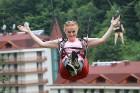 Travelnews.lv Gruzijas kūrortā Sairme izbauda 500 metru braucienu ar zipline 33