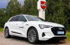 Travelnews.lv apceļo Zemgali un Vidzemi ar jauno un elektrisko «Audi e-tron» 4