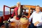 Pārdaugavas restorāns «Hercogs Fabrika» piedāvā jahtas izbraucienu ar romantiskām vakariņām pārim vai arī grupai 1