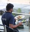 Pārdaugavas restorāns «Hercogs Fabrika» piedāvā jahtas izbraucienu ar romantiskām vakariņām pārim vai arī grupai 58
