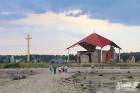 Līdz septembra vidum ar sausām kājām var aizkļūt uz Meinarda salu un senāko mūra ēku Latvijā 10