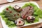 Travelnews.lv izbauda garšīgas un bagātīgas pusdienas restorānā «Chveni Ezo», kas atrodas uz ziemeļiem no Tbilisi 8