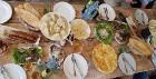 Travelnews.lv izbauda garšīgas un bagātīgas pusdienas restorānā «Chveni Ezo», kas atrodas uz ziemeļiem no Tbilisi 11