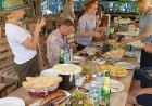 Travelnews.lv izbauda garšīgas un bagātīgas pusdienas restorānā «Chveni Ezo», kas atrodas uz ziemeļiem no Tbilisi 12