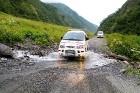 Travelnews.lv ar 4x4 mikroautobusu dodas Kaukāza kalnu maršrutā Datvijvari - Kistani - Khevsureti. Atbalsta: Georgia.Travel 21