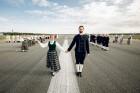Lidostā Rīga vairāk nekā 100 dejotāju uz lidostas skrejceļa izdejoja vienu no cēlākajām latviešu nacionālajām dejām – Gatves deju 1