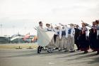 Lidostā Rīga vairāk nekā 100 dejotāju uz lidostas skrejceļa izdejoja vienu no cēlākajām latviešu nacionālajām dejām – Gatves deju 13