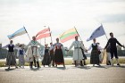 Lidostā Rīga vairāk nekā 100 dejotāju uz lidostas skrejceļa izdejoja vienu no cēlākajām latviešu nacionālajām dejām – Gatves deju 16