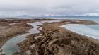 Latvijas Universitātes zinātnieki atgriezušies no ekspedīcijas Svalbāras arhipelāgā, kur tie pētīja ledājus un vides piesārņojumu vietā, kuru no Zieme 9