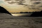 Latvijas Universitātes zinātnieki atgriezušies no ekspedīcijas Svalbāras arhipelāgā, kur tie pētīja ledājus un vides piesārņojumu vietā, kuru no Zieme 50