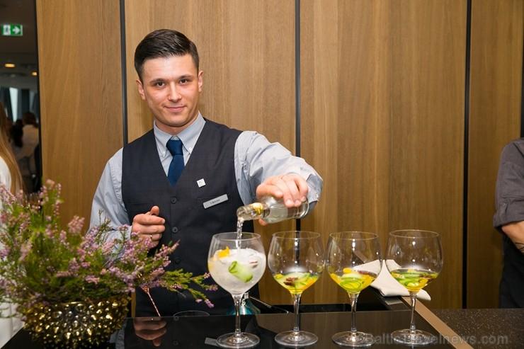 Rīgā, Dzirnavu ielā, oficiāli atvērta Latvijā pirmā un Baltijā lielākā «Marriott» tīkla viesnīcu «AC Hotel Riga»