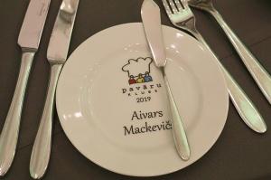 Pavāru klubs apbalvo labākos 2019.gada pavārus un pavārzeļļus 72