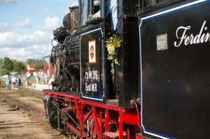 Alūksnē lustīgi svin Bānīša svētkus - vienīgā regulāri kursējošā šaursliežu dzelzceļa vilciena 116.dzimšanas dienu 3