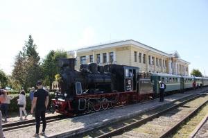 Gulbenē ar daudzveidīgu programmu svin Bānīša svētkus - vienīgā regulāri kursējošā šaursliežu dzelzceļa vilciena 116.dzimšanas dienu 11