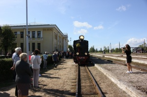 Gulbenē ar daudzveidīgu programmu svin Bānīša svētkus - vienīgā regulāri kursējošā šaursliežu dzelzceļa vilciena 116.dzimšanas dienu 14