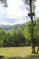 Pēc Kaukāza kalna upes raftinga ēstgriba ir milzīga. Atbalsta: Georgia.Travel 13