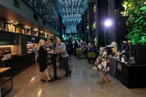 Vecrīgas 5 zvaigžņu viesnīca «Pullman Riga Old Town» 13.09.2019 svin 3.gadu jubileju ar zirga tematiku 15