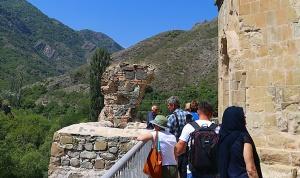 Travelnews.lv apmeklē 7.gadsimta Ateni Sioni baznīcu Gori pilsētas tuvumā. Atbalsta: Georgia.Travel 29