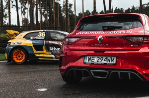 Travelnews.lv ar «Renault Mūsa Motors Rīga» atbalstu iepazīst Pasaules rallijkrosa čempionāta aizkulises Latvijā. Foto: Toms Svilāns 2