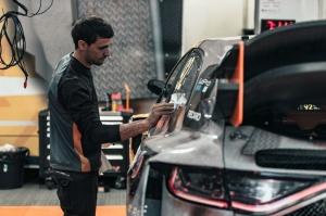 Travelnews.lv ar «Renault Mūsa Motors Rīga» atbalstu iepazīst Pasaules rallijkrosa čempionāta aizkulises Latvijā. Foto: Toms Svilāns 23