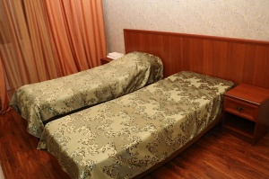 Travelnews.lv divas naktis nakšņo vienkāršā, bet viesmīlīgā Dombaja viesnīcā «Elbrus». Atbalsta: Magtur 7