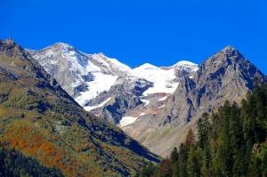 Travelnews.lv divas naktis nakšņo vienkāršā, bet viesmīlīgā Dombaja viesnīcā «Elbrus». Atbalsta: Magtur 26