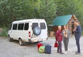 Travelnews.lv divas naktis nakšņo vienkāršā, bet viesmīlīgā Dombaja viesnīcā «Elbrus». Atbalsta: Magtur 34