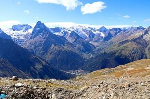 Travelnews.lv iepazīst Dombaja kalnus Kaukāzā. Atbalsta: Magtur 89