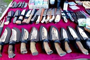 Travelnews.lv iepazīst Domabajā suvenīru tirgu tūristiem. Atbalsta: Magtur 27