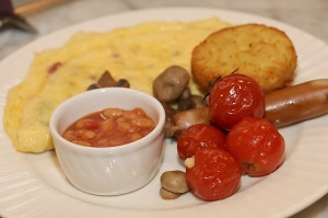 Tūrisma firma «Cruiselines» pie brokastu galda restorānā «Snob» iepazīstina ar  premium klases kruīzu kompāniju «Ponant» 55